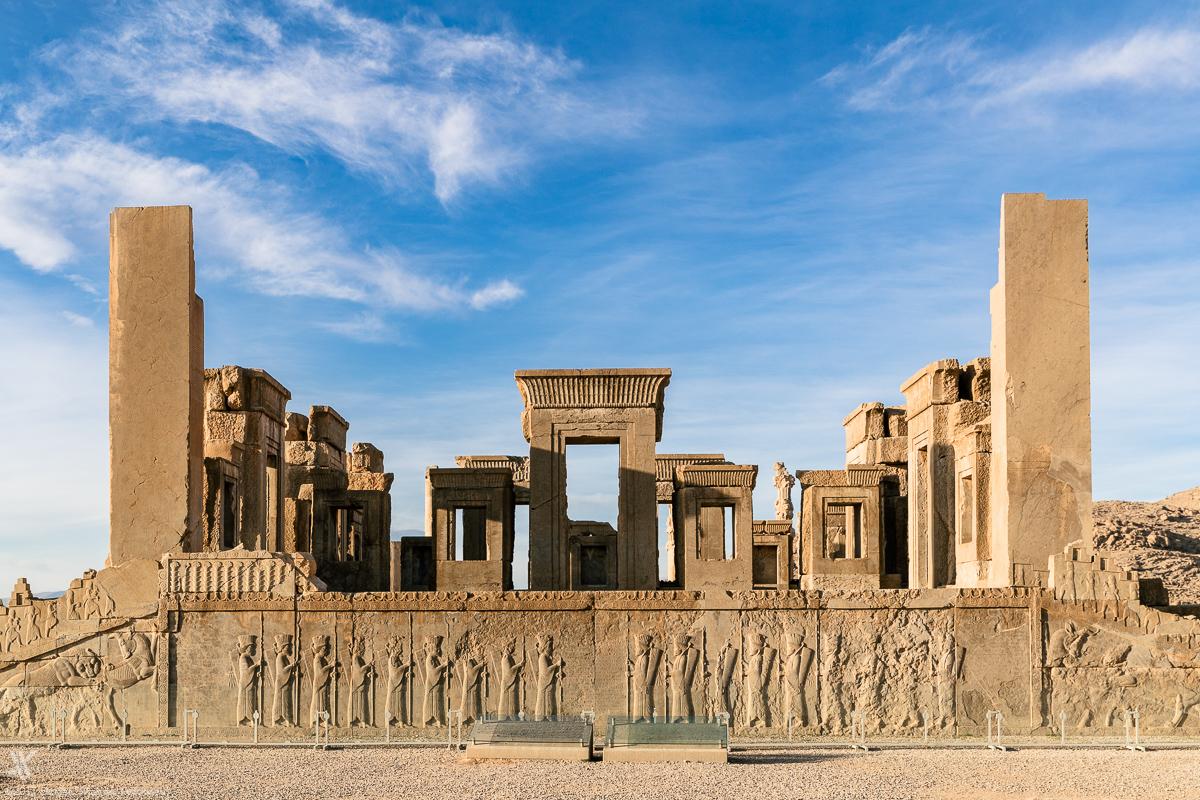Witnesses Of A Global Empire Persepolis Naqsh E Rustam