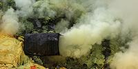 Kawah Ijen, Indonesien, Schwefelmine