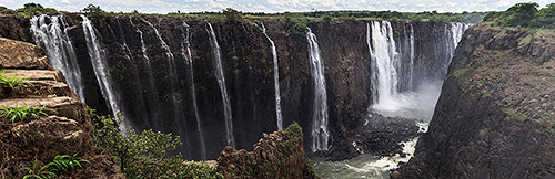 Victoria Falls, Rainbow Falls wide angle
